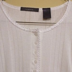 Liz Claiborne White  3/4 Sleeve Knit Top